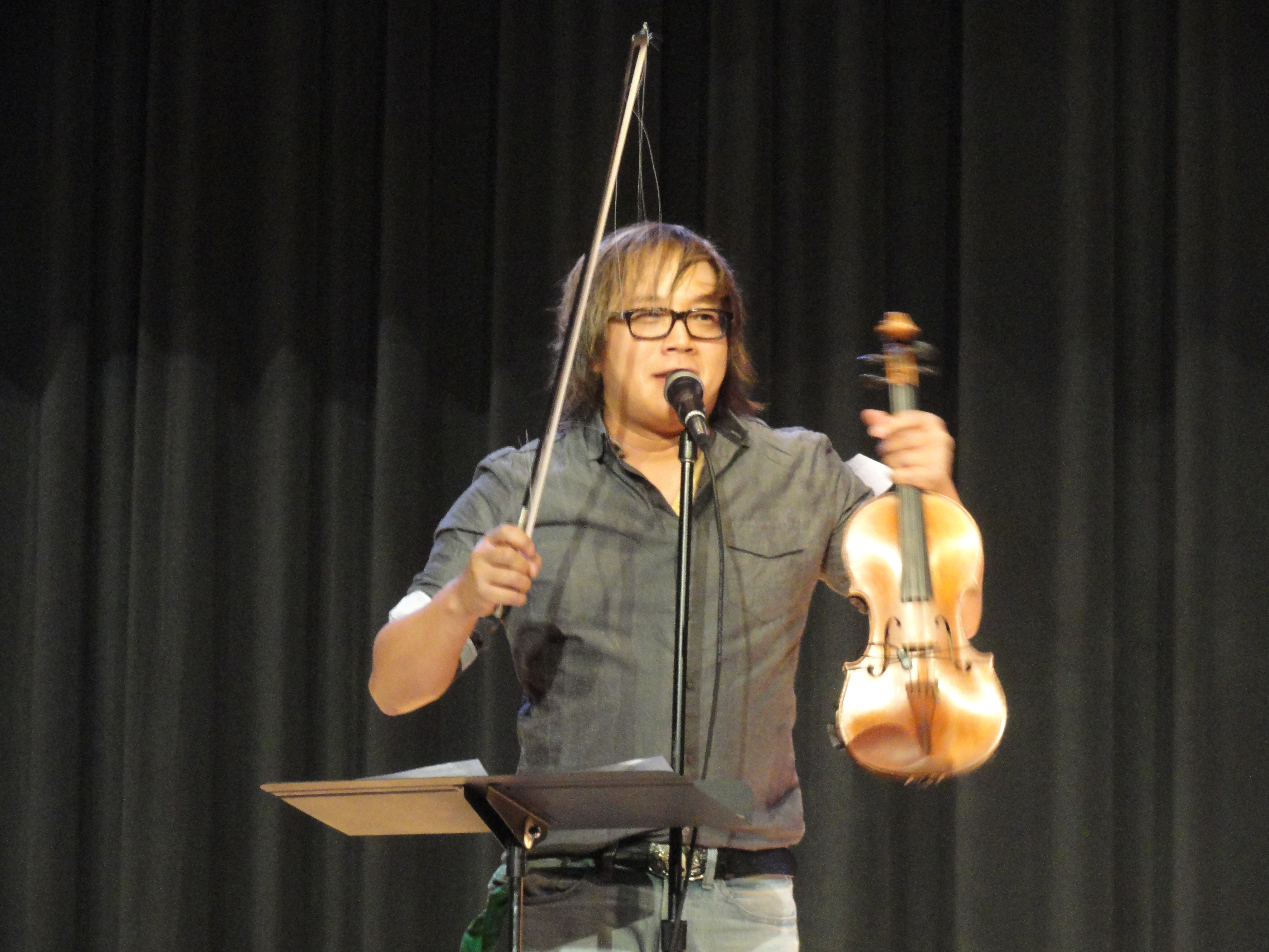 NBHS Students, Rock Violinist Make Music Together | New