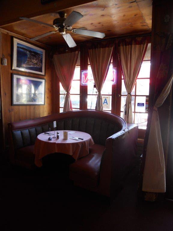 Before Gordon Ramsay Strikes A Visit To Sam S Kabob Room