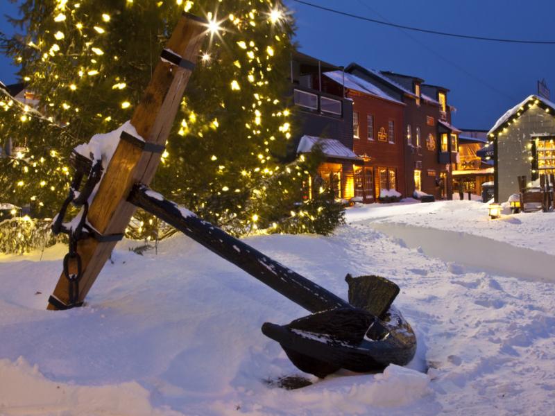 ... Bowen's Wharf 43rd Annual Christmas Tree Lighting- ...