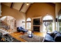 ... Look Inside $500K Home W/ Master Suite With Coffee Bar, His/Her ...