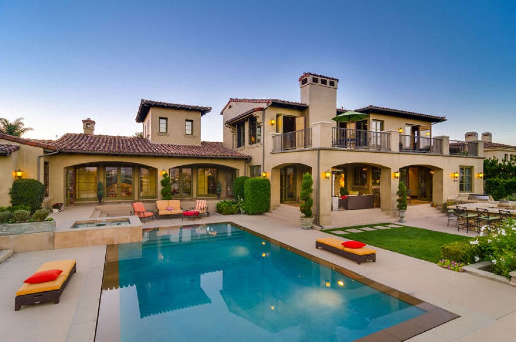 Poway Resident Wins $10K in 'Dream House Raffle' | Poway, CA