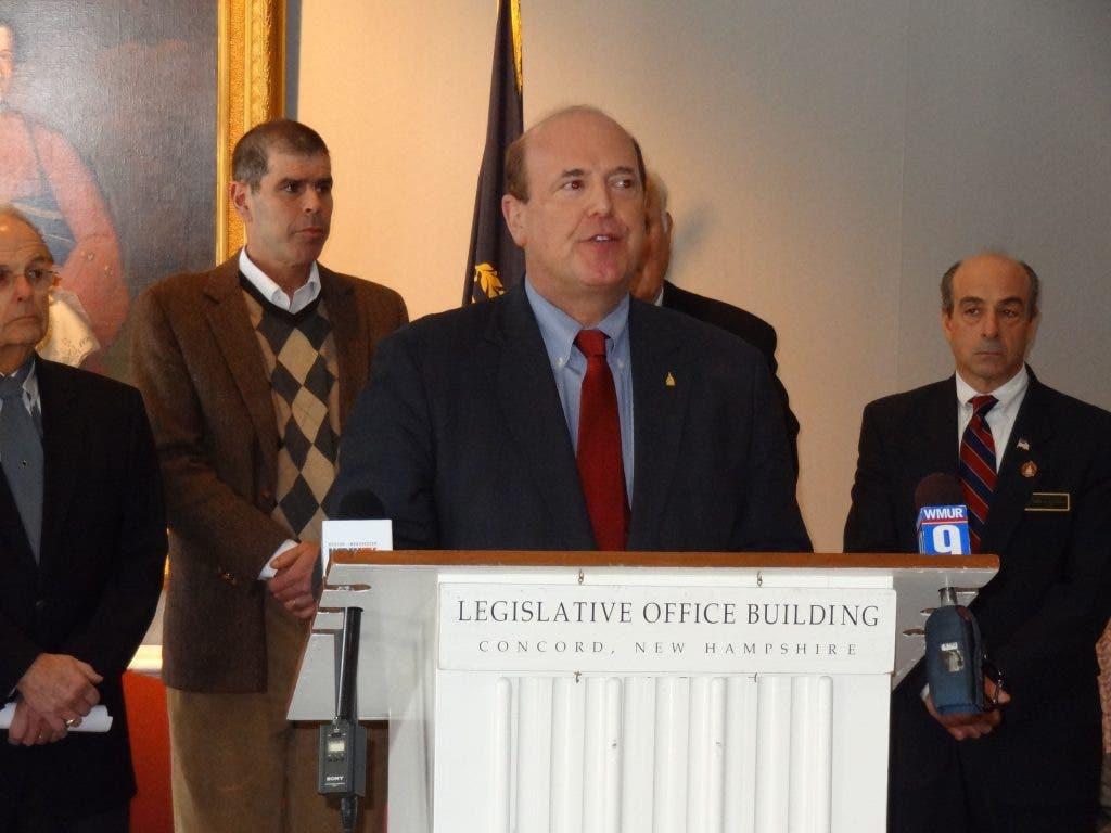 Business Leaders, Legislators Tout Casino Gambling Bill