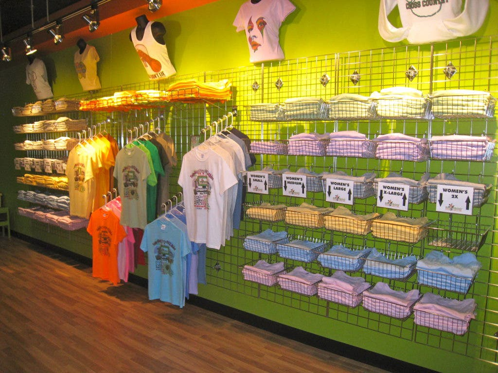 a5d7dbfa8614 ... Farmington Hills Couple Opens Custom T-Shirt Store in Novi-0 ...