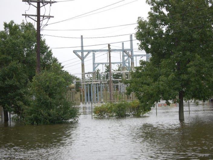 Parts of Kinderkamack Road Closed after Break in Electrical Line