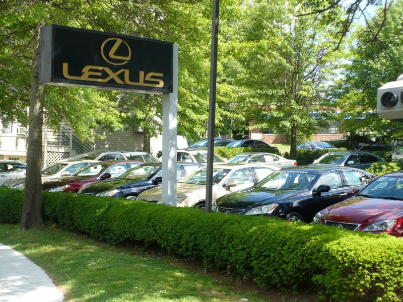 lexus of greenwich expansion may get more complicated | greenwich