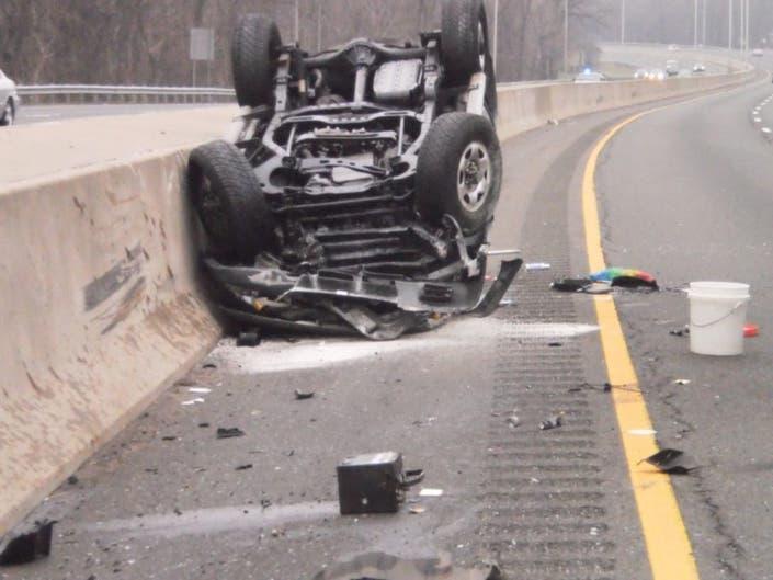 Driver Hurt in I-95 Rollover in Norwalk | Norwalk, CT Patch