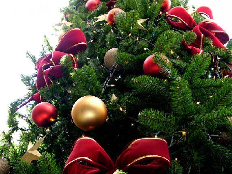 holiday season safety tips from the nfd - Christmas Decorating Safety Tips