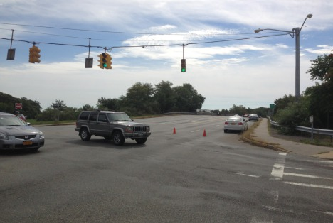 Police: Sunrise Highway Closed At Nicolls Road | Sayville