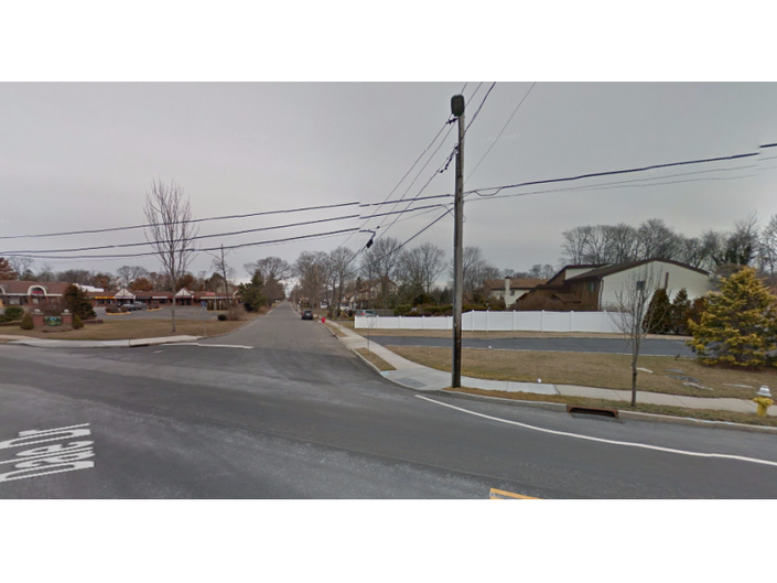2 Hurt, 1 Seriously, in Oakdale Crash | Medford, NY Patch