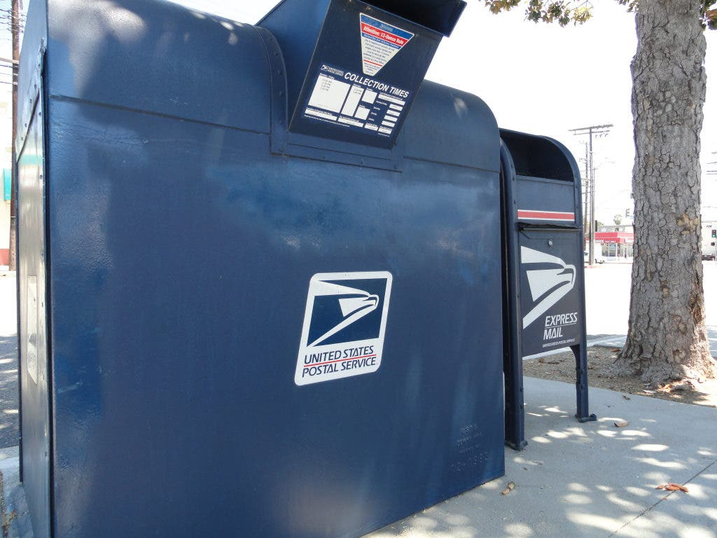 USPS Won't Close Offices, Will Conduct Studies First | West