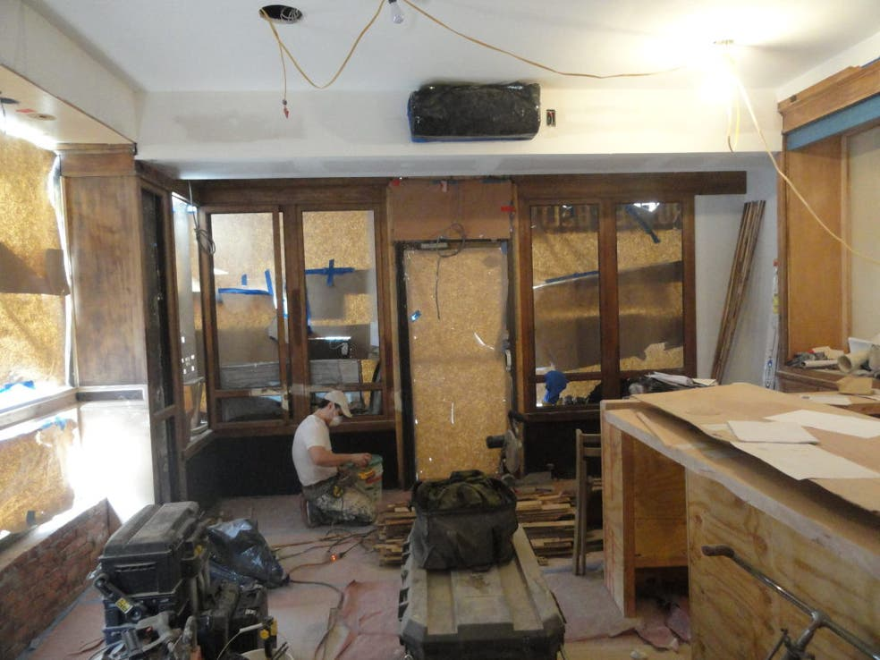 French-Hungarian Cafe and Wine Bar to Replace Ozzie's on