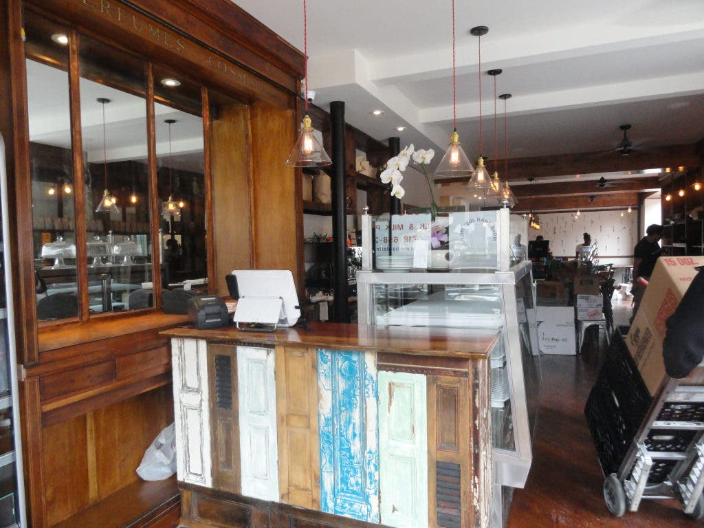 Café Dada Opens in Ozzie's Former Space on Seventh Ave