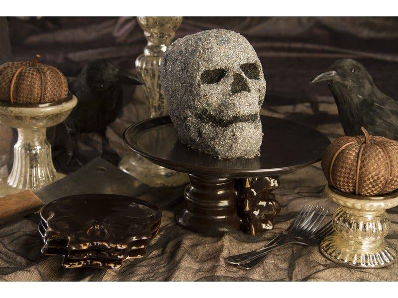 Sink Your Teeth Into Edible Halloween Decor