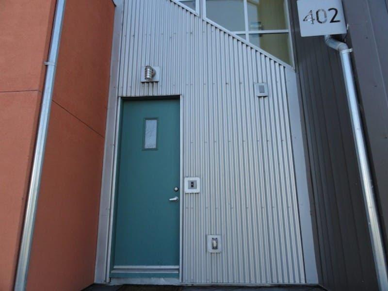 Debate Over Noise in Warehouse District Underscores