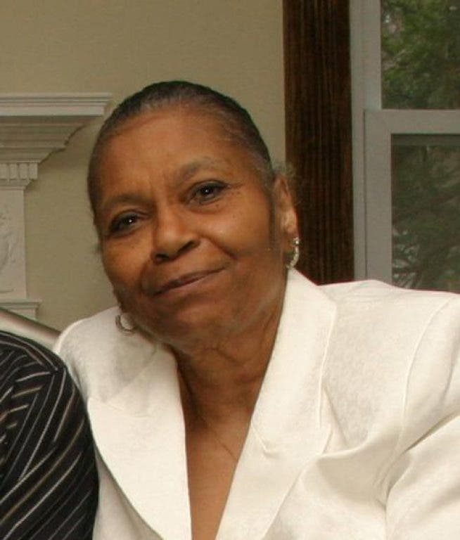 Donnie Mcclurkin S Children: Obituary: Frances McClurkin, Mother And Musician