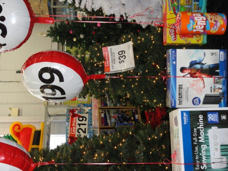 sneak peek at nearby walmart black friday deals 0 - What Time Does Walmart Open Christmas Day