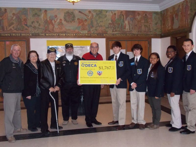 Hamden High School Deca Raises Money For Veterans Charities Hamden