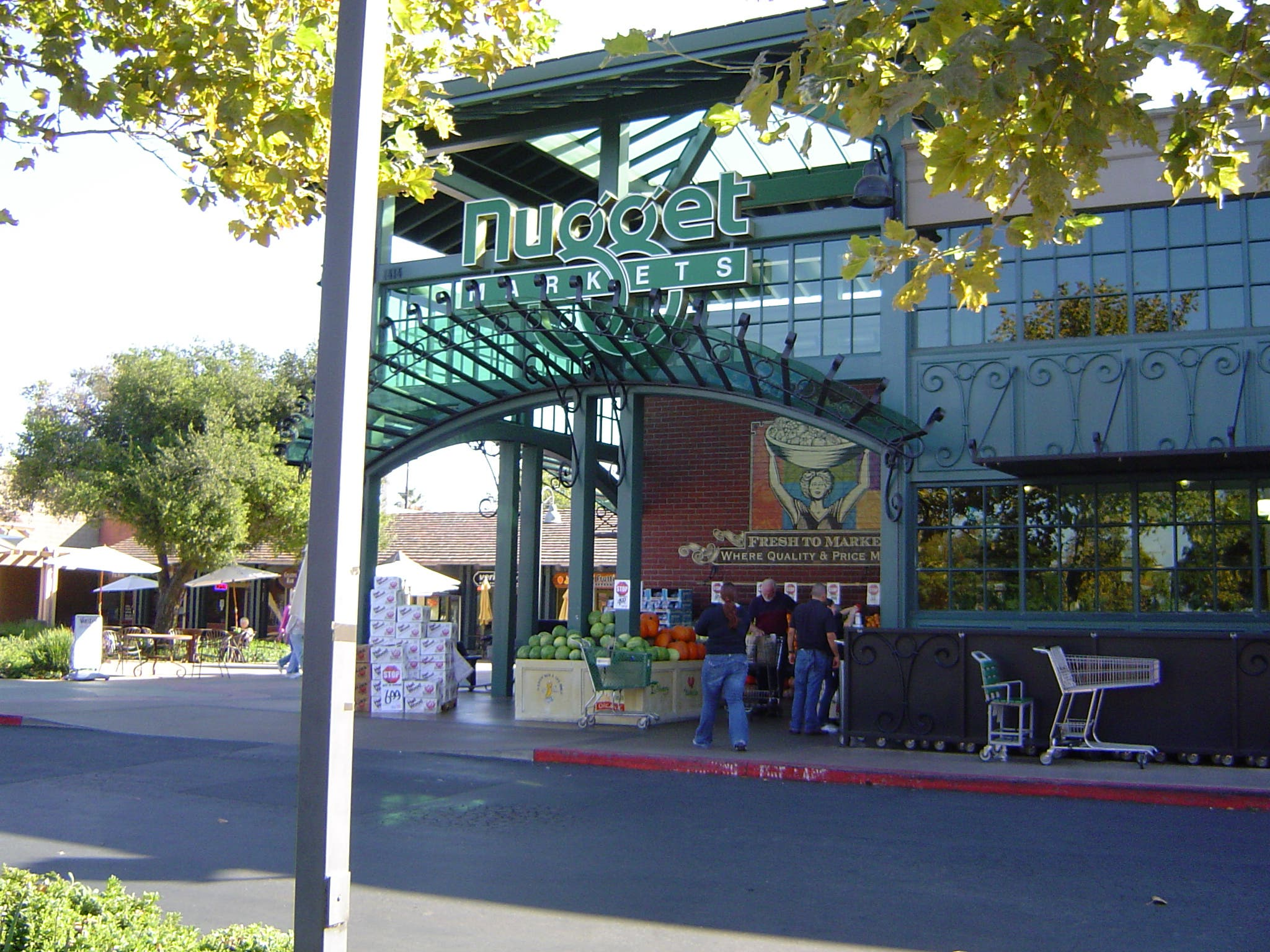 Grocery Union Threatens to Picket Nugget Markets | Davis, CA
