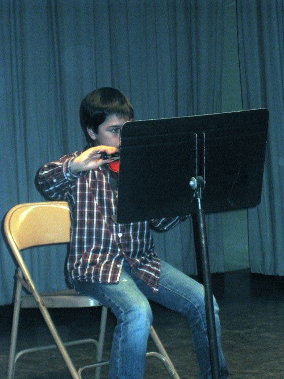 Fifth Graders Dazzle At Cleveland School Talent Show