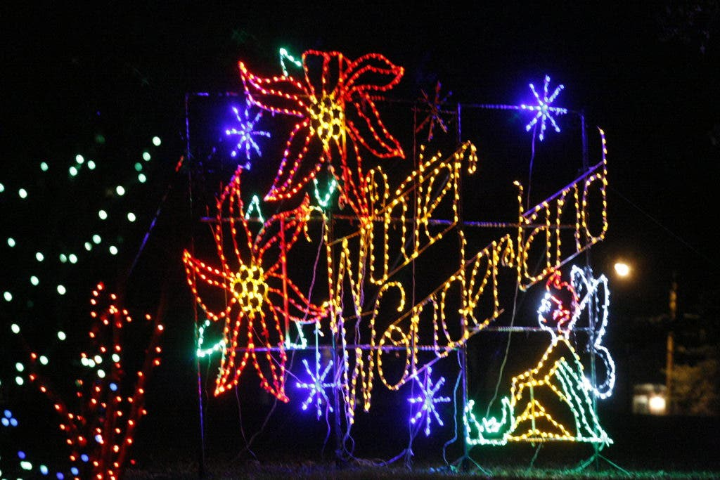 Christmas Light Displays In St Louis.Five Places To See Holiday Lights In St Louis St Charles
