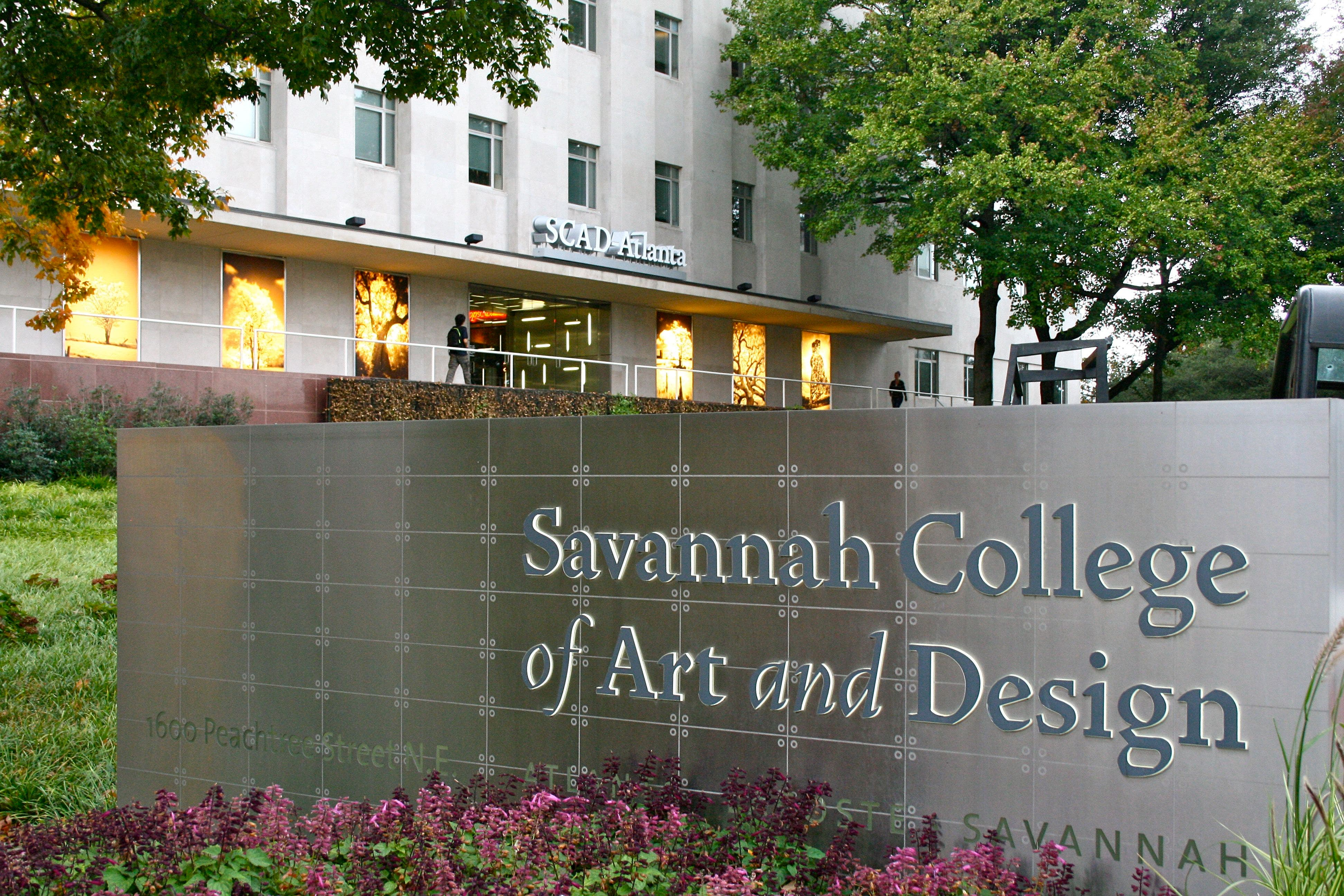 Incredible Scad Students Tied Up Robbed In Midtown Dorm Room Midtown Download Free Architecture Designs Grimeyleaguecom