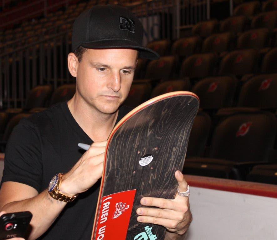 e12a84460cf7 ... Skateboard Guru Rob Dyrdek Donates $110K for New Newark Skatepark  [VIDEO]-0 ...