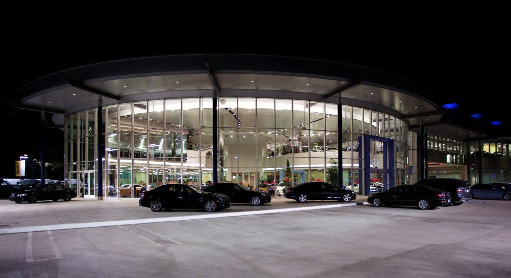 Keyes Dealership Puts On A Light Show On Van Nuys Blvd Sherman Oaks Ca Patch