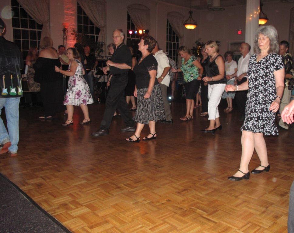 Sunday singles dance sykesville md