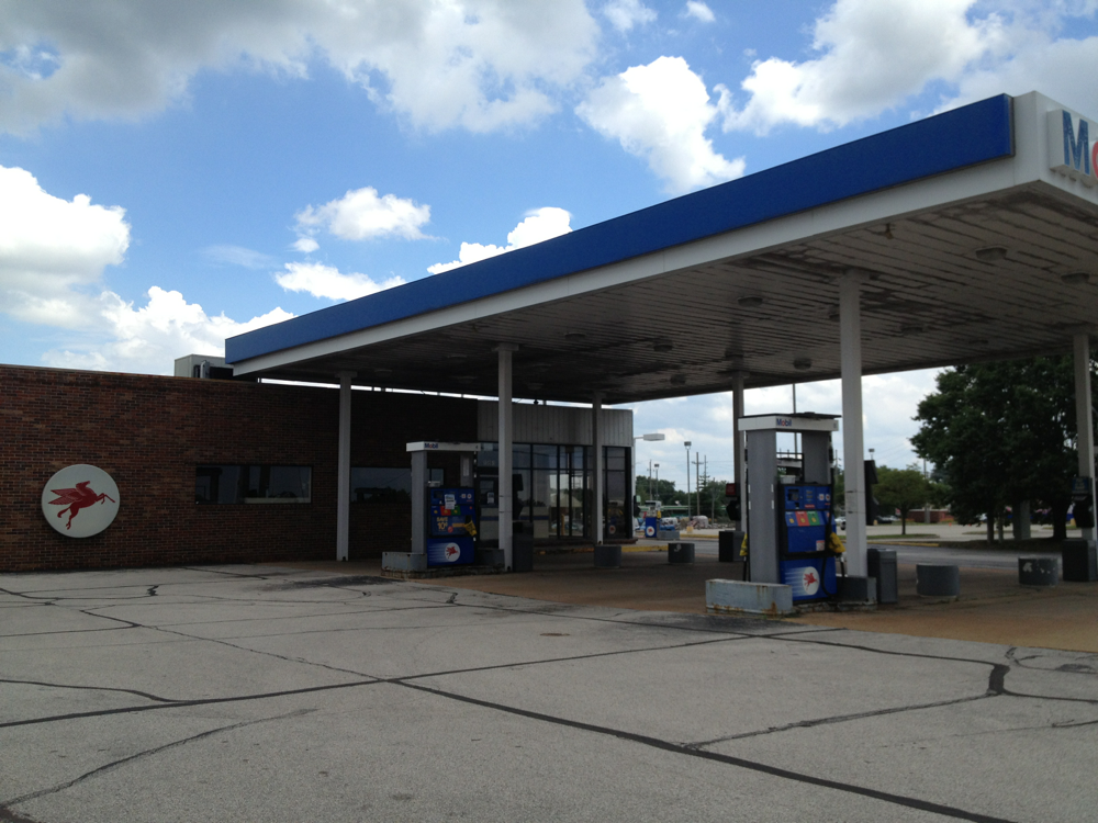 Mobil Gas Station Closed To Make Way For Jimmy Johns