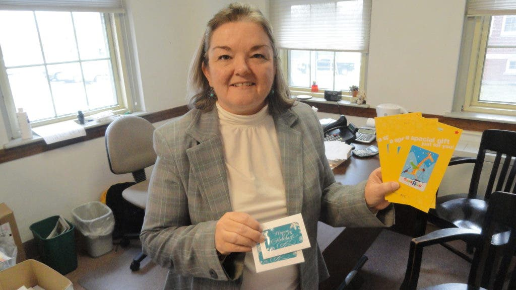 City Welfare Office Wants Gift Cards | Portsmouth, NH Patch