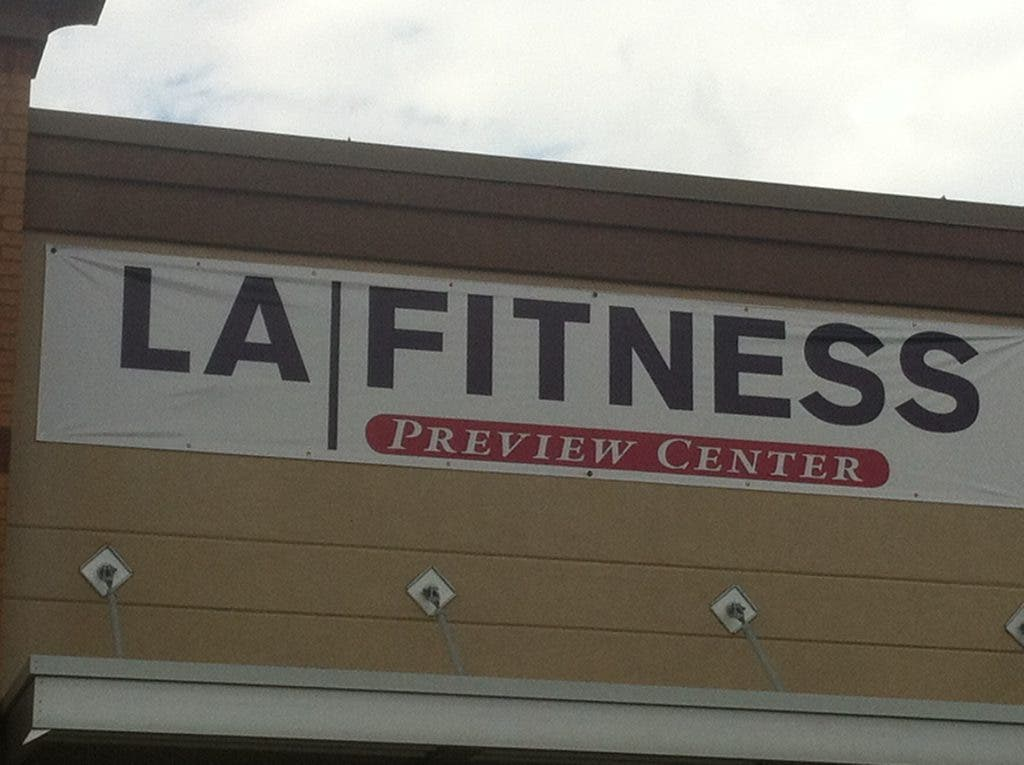 38 000 Square Foot L A Fitness Under Construction At Panola And Covington Stone Mountain Ga Patch