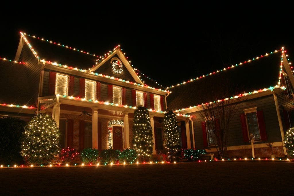Marion Weather Forecast Christmas Lights With A Side Of Frozen Fingers