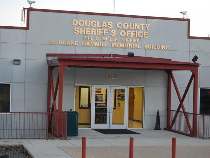 News Nearby: Inmate Dies in Jail