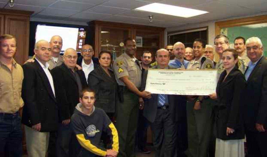 CV Sheriffs Station Receives Donation from Armenian Community Center