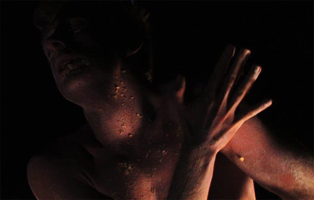 Interpretive Japanese Dance Sheds Light on Disease, Life and