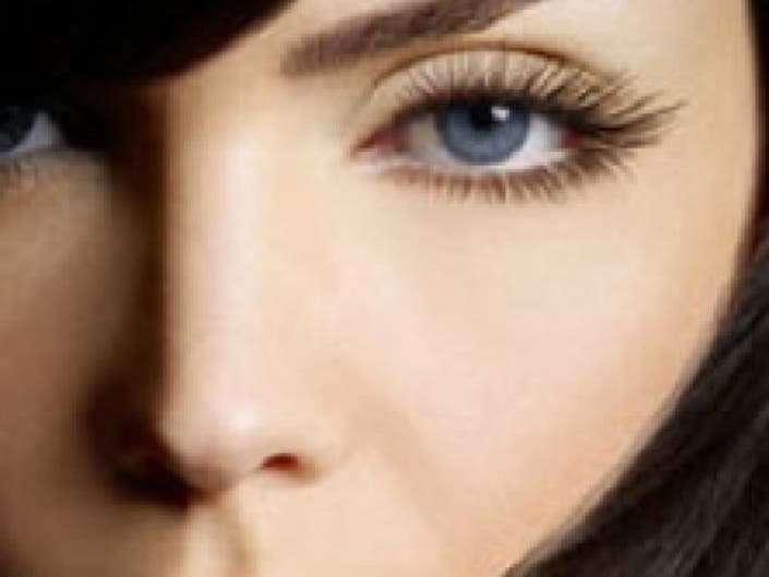 8297cb6867f EnvyDerm Helps Women Get Celebrity Eyelashes, Has Celebrity Following