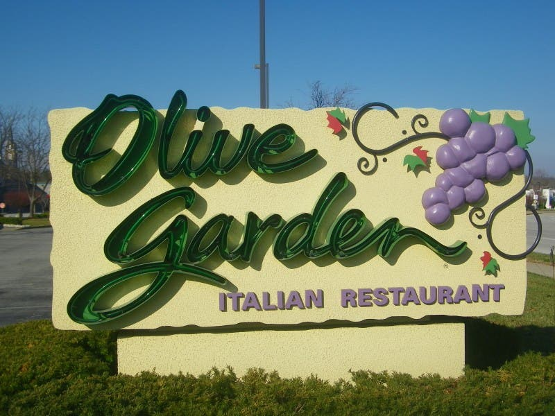 Friday Food Critic: Review Olive Garden Italian Restaurant | St ...