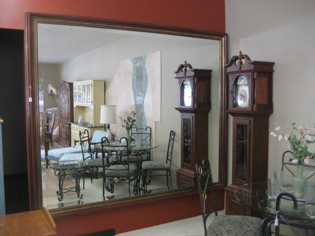 Los Altos Furniture Consignment 1