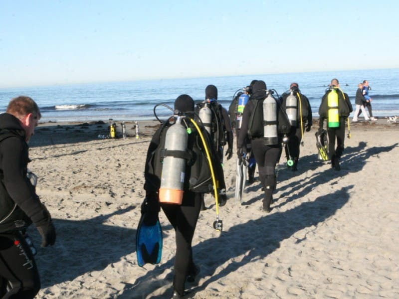 Marines Use Tuition Assistance For Mira Costa Scuba Class