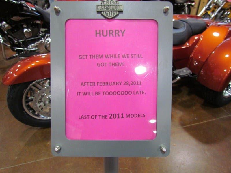 Hundreds Bid Harley Davidson Dealer Farewell 0