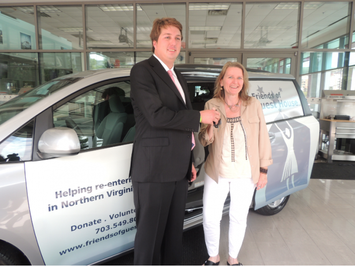 Jack Taylor Toyota Donates 2017 Sienna Van To Friends Of Guest House 0