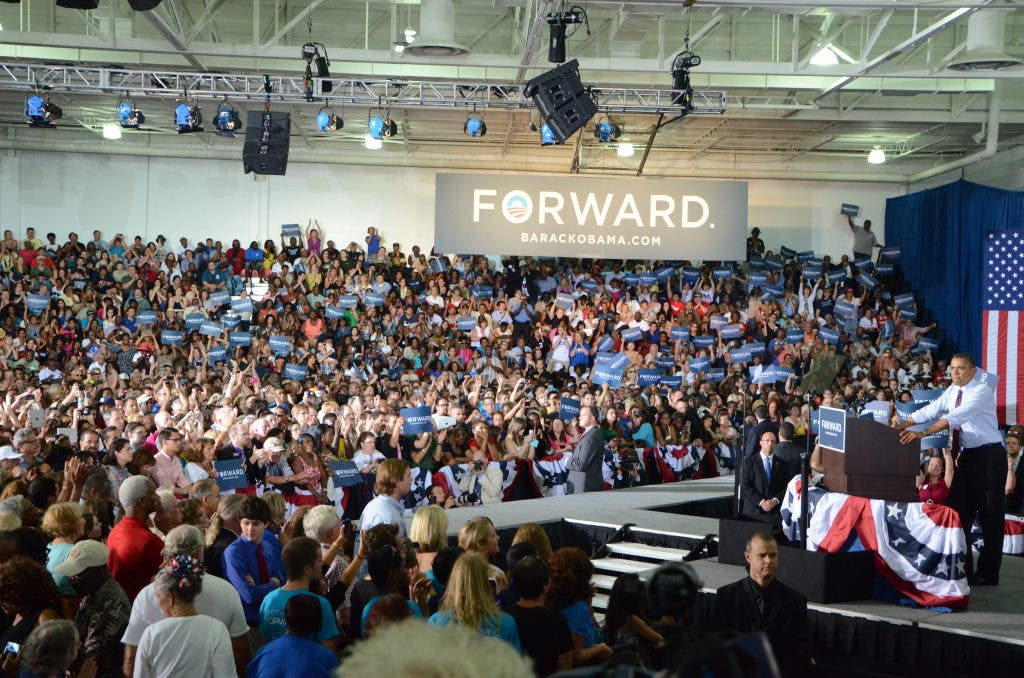 Obamas Rally For Support Stirs Hcc Crowd In Tampa Brandon Fl Patch