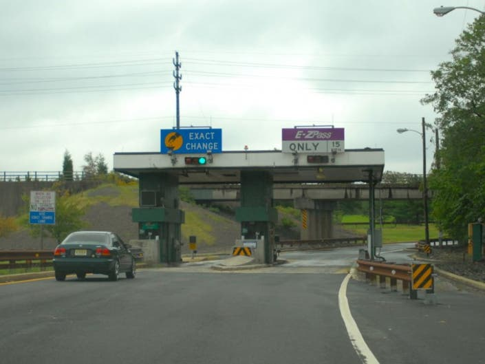 Didn't Pay the Parkway Toll? A Fine isn't Inevitable. (Really.)