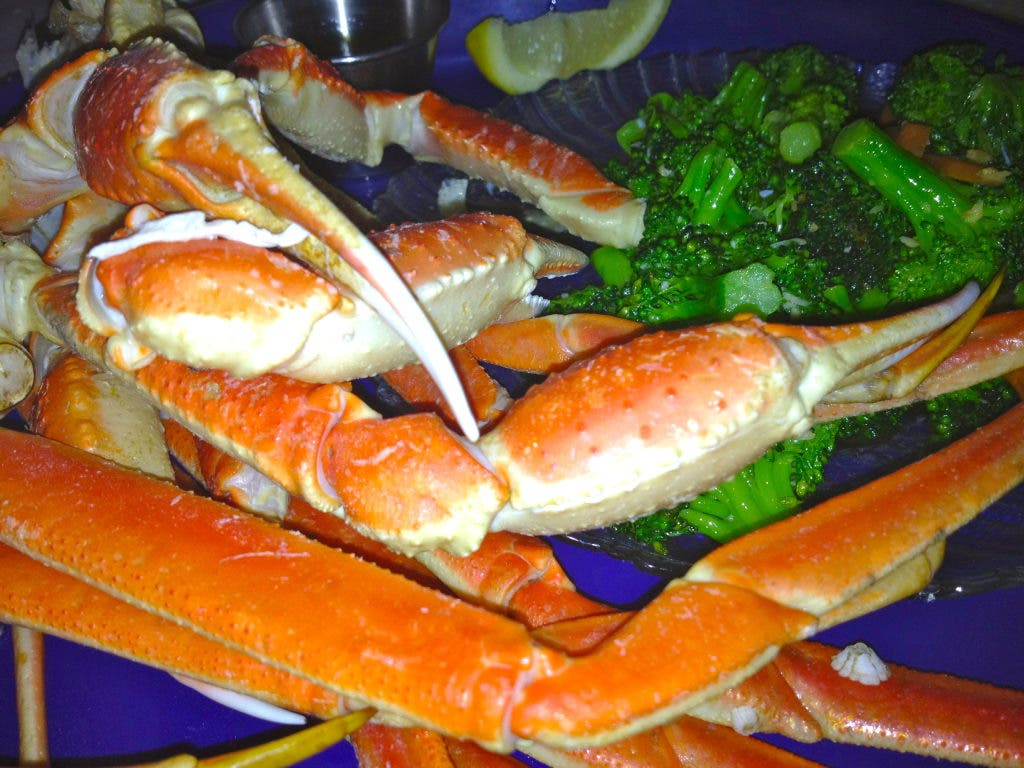 All You Can Eat Crab Legs On The Beach Pinellas Beaches