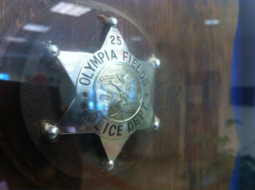 Olympia Fields Police Blotter: License Arrests and Credit Card Fraud