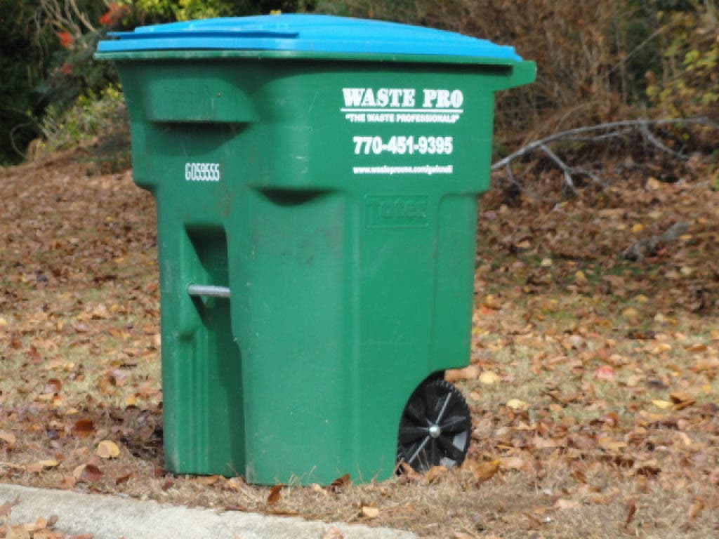 2021 Roswell Garbage Pickup Christmas Weekend Trash Pickup Schedule Changes During Holidays Peachtree Corners Ga Patch