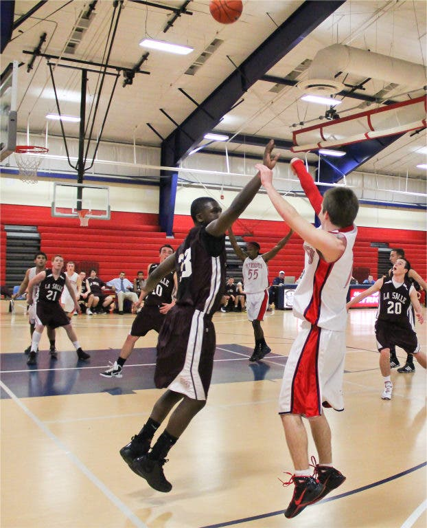 Portsmouth High School Basketball Team Wins Division Matchup