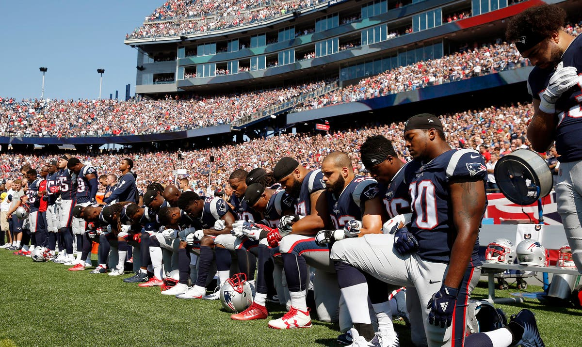 Real Patriots Many Kneel Among Boos During National Anthem Foxborough Ma Patch