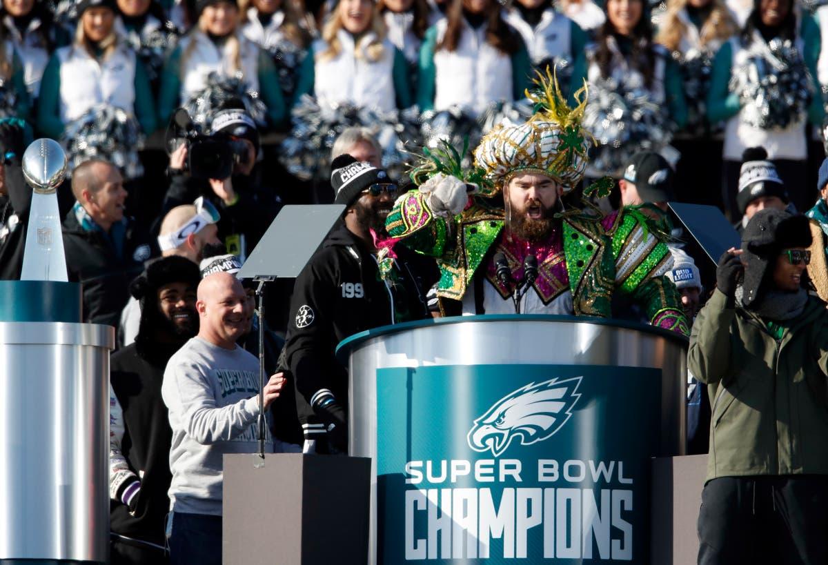 def8076ba5d150 WATCH: Jason Kelce Delivers Legendary Speech At Eagles Parade ...