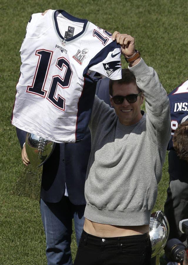 Seattle Area Teen Helped Find Tom Brady's Stolen Super Bowl ...